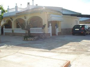 4 bedroom Villa for sale in Alcoy