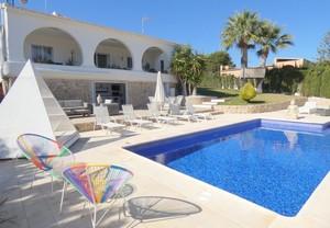 5 bedroom Villa te koop in Los Balcones