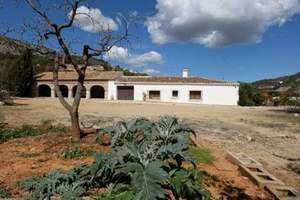 3 bedroom Finca te koop in Alcalali