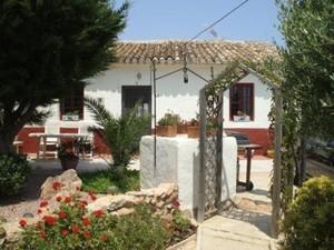 2 bedroom Villa for sale in Los Beatos