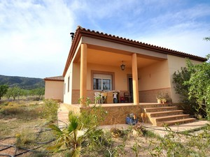 2 bedroom Villa te koop in Monovar