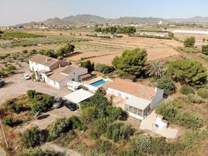 6 bedroom Villa for sale in Puerto Lumbreras