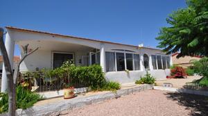 4 bedroom Villa for sale in La Matanza