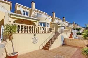 3 bedroom Geschakelde Woning te koop in Gata de Gorgos