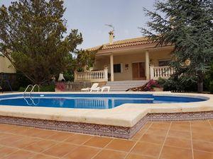 4 bedroom Villa te koop in Tibi