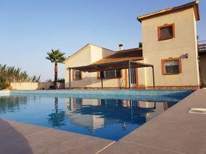 4 bedroom Villa for sale in Catral