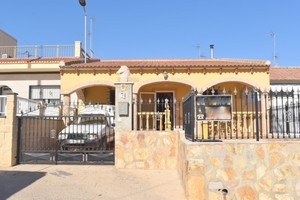 3 bedroom Villa for sale in Pilar de la Horadada