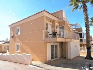 4 bedroom Villa te koop in Monte Golf
