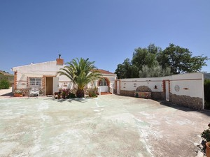 4 bedroom Villa for sale in Salinas