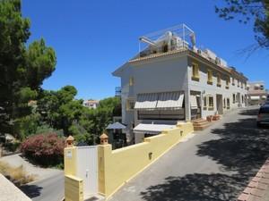 4 bedroom Townhouse for sale in La Nucia
