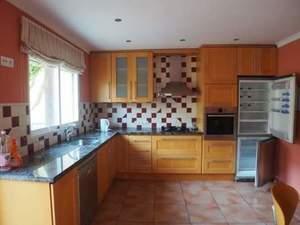 4 bedroom Geschakelde Woning te koop in Gata de Gorgos