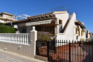 2 bedroom Villa for sale in La Regia