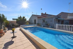 3 bedroom Villa for sale in Orihuela