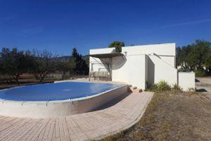 2 bedroom Villa for sale in Onil