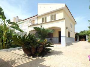 4 bedroom Villa for sale in Los Narejos