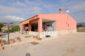 4 bedroom Villa te koop in Salinas