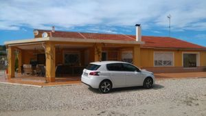 7 bedroom Villa te koop in Novelda