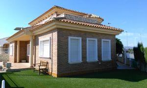 3 bedroom Villa te koop in Avileses
