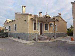 10 bedroom Villa for sale in Elche