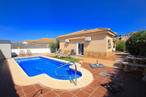 3 bedroom Villa for sale in Gea Y Truyols