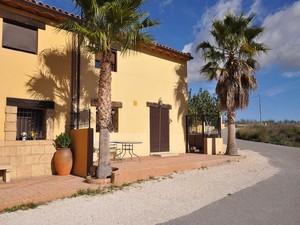 3 bedroom Villa for sale in Salinas