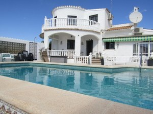 3 bedroom Villa for sale in La Florida