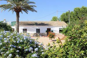 3 bedroom Villa for sale in Avileses