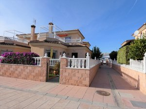 3 bedroom Villa for sale in Almoradi