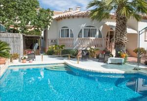 Villa de 3 dormitorio se vende en Ciudad Quesada