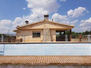 3 bedroom Villa for sale in Castalla
