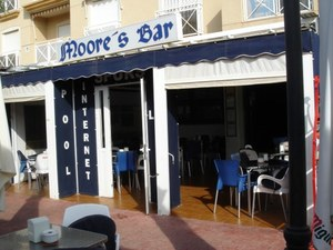 Commercial for sale in Cabo Roig