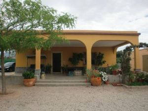3 bedroom Villa for sale in Elche