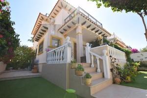 2 bedroom Townhouse for sale in La Zenia
