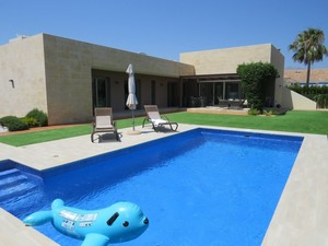5 bedroom Villa for sale in l'Alfas del Pi