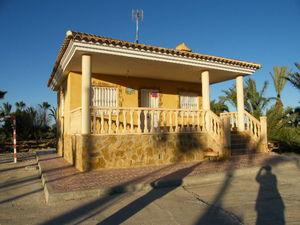 Villa for sale in Guardamar del Segura