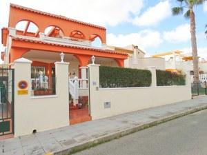 3 bedroom Villa for sale in Pinar de Campoverde