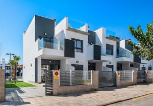 Villa for sale in Pilar de la Horadada