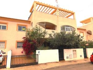 2 bedroom Villa for sale in Cartagena