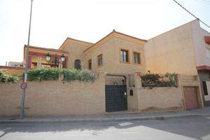 3 bedroom Villa for sale in La Aparecida