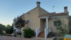 3 bedroom Villa te koop in Busot