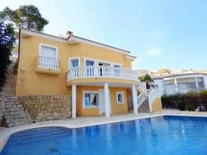 3 bedroom Villa te koop in Orba
