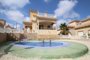 3 bedroom Villa for sale in El Galan