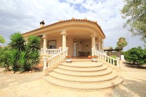 3 bedroom Villa te koop in Gea Y Truyols