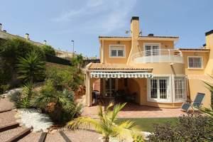 3 bedroom Villa te koop in Gata de Gorgos