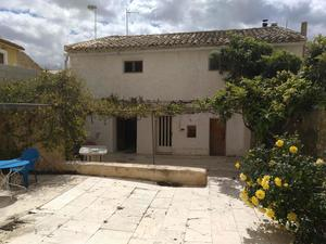 4 bedroom Townhouse for sale in Torre Del Rico