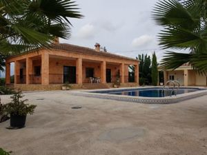 4 bedroom Villa for sale in Rafal