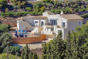 5 bedroom Villa for sale in La Manga Club