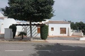 Villa de 3 dormitorio se vende en El Valle Golf