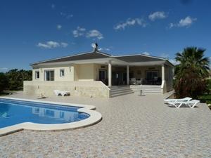 4 bedroom Villa for sale in Daya Vieja