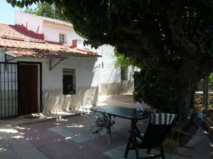 4 bedroom Villa for sale in Heredades